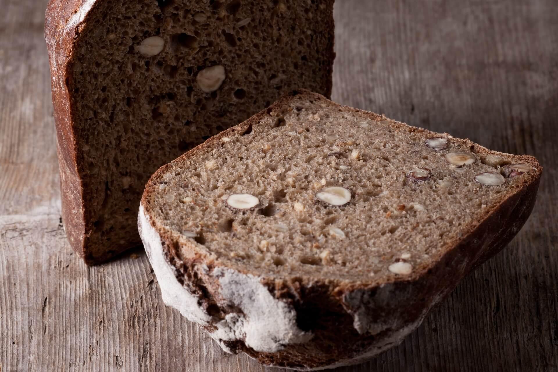 Kartoffel Walnuss Brot