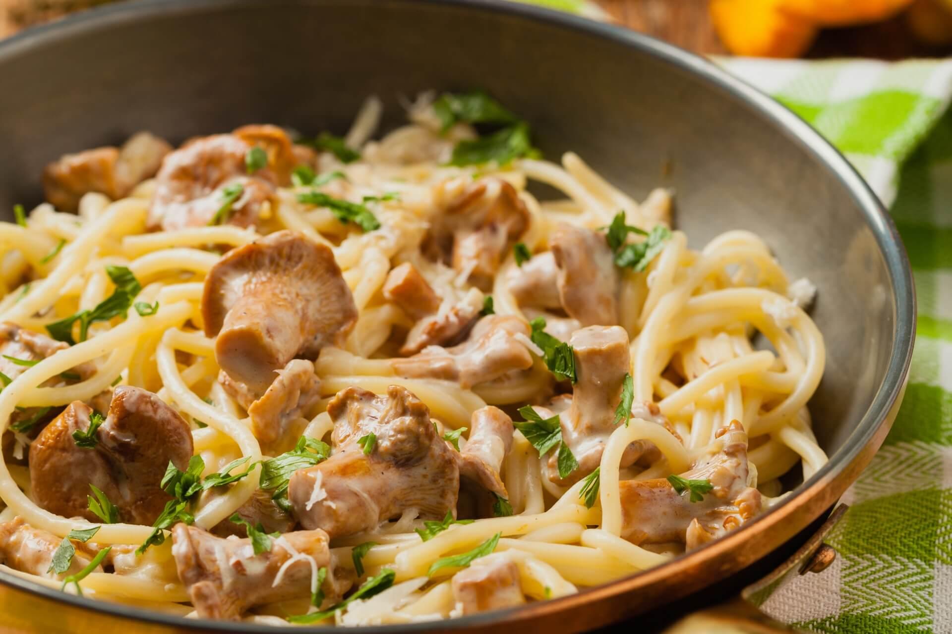 Spaghetti mit Pfifferling Rahmsoße