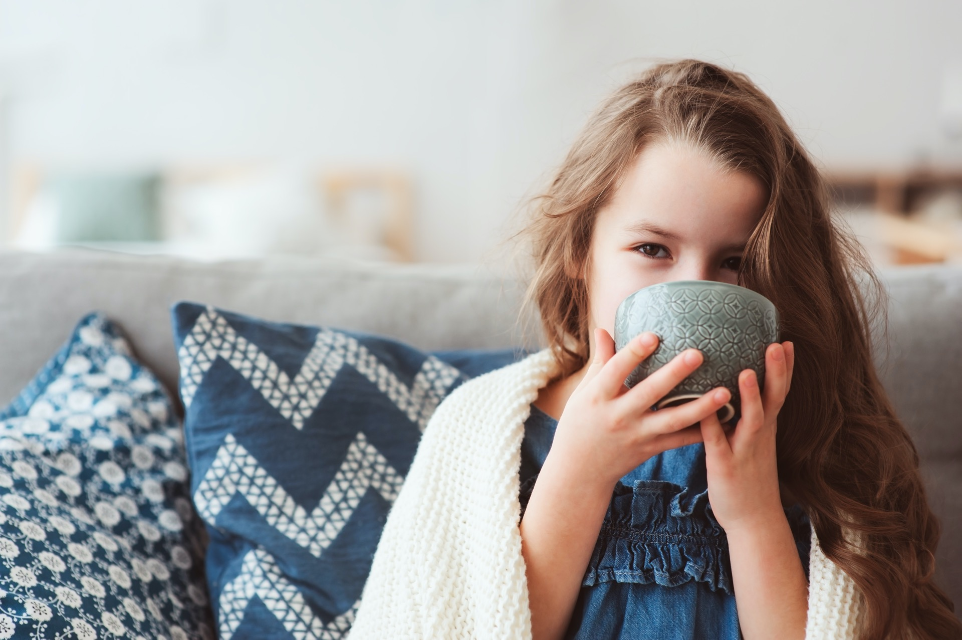 Hausmittel Kind krank Erkältung Fieber
