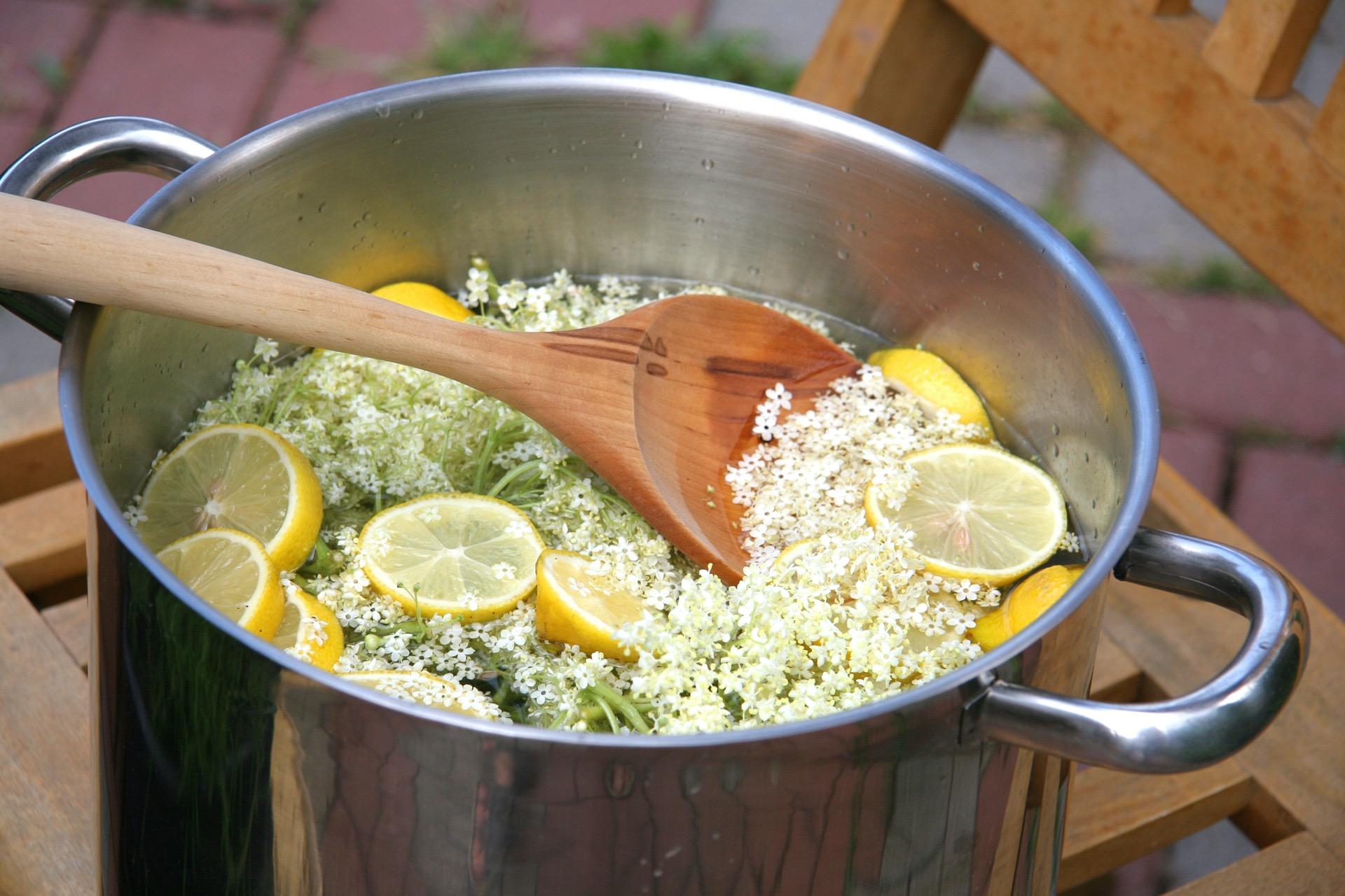 Holunderblütensirup kochen anleitung